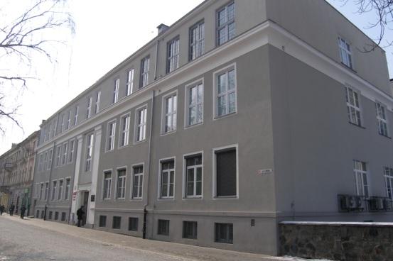 budynek_poremoncie Nasza historia