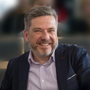 profilowe_TCH dr Tomasz Chrząstek